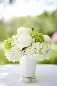 white floral arrangements best 25 white flower arrangements ideas on white