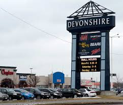 strange odour reported at clothing store in devonshire mall