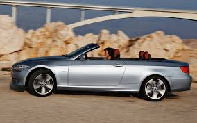 bmw 320i convertible review 2011 bmw 3 series coupe and convertible look and photos