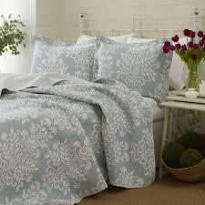 ashley lifestyles rowland quilt set