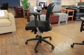 Office Chair On Laminate Floor Teknion Savera Synchro Tilt Task Chair U2022 Peartree Office Furniture