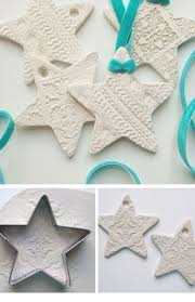 White Christmas Decoration Ideas by 16 Diy White Christmas Decorations For The Home Craftriver