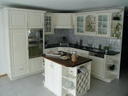 repeindre sa cuisine rustique comment repeindre une cuisine en bois 26086 sprint co