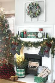 Pinterest Christmas Mantels Decorating Ideas Img 5938a Jpg Christmas Antiques Pinterest Christmas Mantels