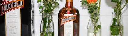 how to dress the perfect table for a cointreau inspired party