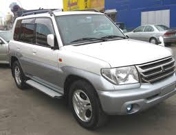 land rover pajero car picker white mitsubishi pajero io