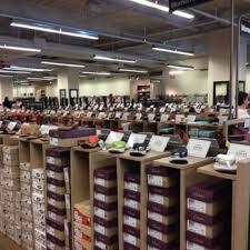 dsw designer shoe warehouse 26 photos 19 reviews shoe stores