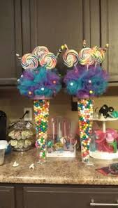 Candy Themed Centerpieces by Centerpieces Were Ombre Stacked Candy In A Gorgeous Glass