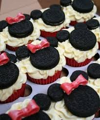 minnie mouse cupcakes because i saw it on mickey minnie mouse cupcakes