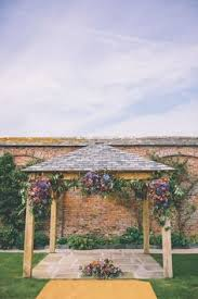 Wedding Arch Kent New Kent Winery Offers Multiple Indoor And Outdoor Wedding Venue
