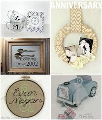 handmade wedding gifts 25 unique handmade wedding gifts mad in crafts