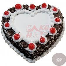 cakes online heart shape birthday cakes cochin send cake to cochin ernakulam