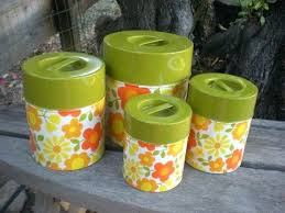 yellow kitchen canisters gaming cioccolatadivino com