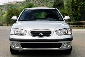 2002 hyundai elantra size 2002 hyundai elantra overview cars com