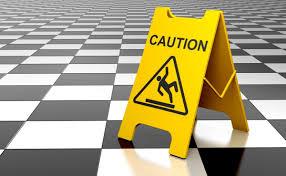 schadensersatzansprüche treppenhaus frisch geputzt mieter stürzt schadensersatzansprüche