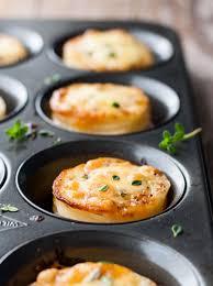 cuisiner moule il vous suffira d un moule à muffins pour cuisiner ce petit