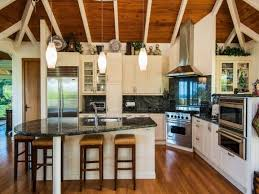island style kitchen design pin by kathryn connolly on cottage hawaiian