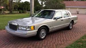Lincoln Town Car Pictures 1991 Lincoln Town Car Photos And Wallpapers Trueautosite