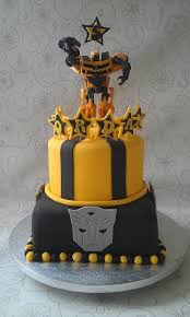 bumblebee cakes transformers bumblebee cake cake by katietallscakes cakesdecor