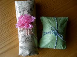 tissue paper gift wrap bookish wrapping ideas tips the midnight garden