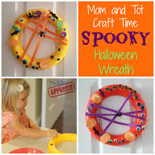 toddler approved mom and tot craft time spooky halloween wreath