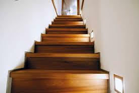 treppen aus holz treppe holz idee für stylisches haus innendekoration