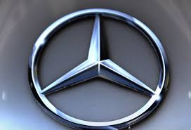 mercedes benz formula one under full control of daimler report