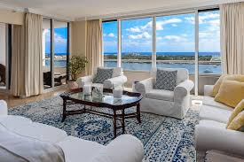 2 bedroom suites in west palm beach fl trump plaza condos west palm beach waterfront real estate