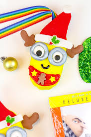 edible minions diy edible minions christmas ornaments brite and bubbly