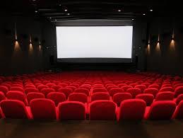 salle de cinema chez soi le cinéma à la maison à 50 dollars fait rager les exploitants