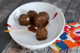 appetizer meatballs in red wine sauce