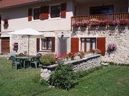 chambre d hote route napoleon gîte et chambres d hôtes le rocher des ducs le glaizil hautes