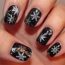 elegant snowflake nail art designs u0026 ideas 2013 2014 fabulous