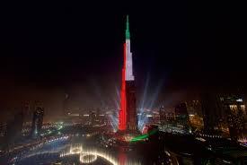 Burj Khalifa Dubai U0027s Burj Khalifa Lights Up With Colors
