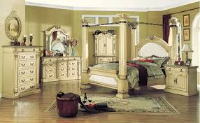 Antique Finish Bedroom Furniture Traditional Style Bedroom With Antique White Finish
