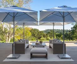 Umbrella Side Table Furniture Costco Cantilever Umbrella For Most Dramatic Shade