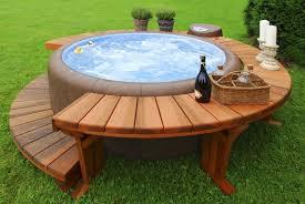 construire une piscine hors sol en bois piscine en bois