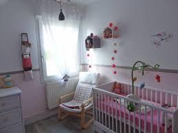 lit bébé chambre parents préparer la chambre de bébé