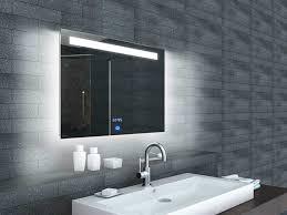 leuchten für badezimmer led leuchten fr badezimmer fernseher und spiegel silvan