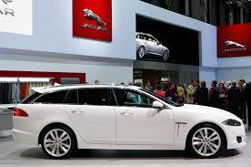 driving the jaguar xf wagon in the u k
