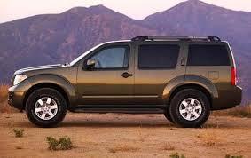 nissan pathfinder used review 2010 nissan pathfinder information and photos zombiedrive