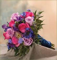 go flowers brides helping brides flower color to go with royal blue