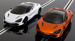 All New Mclaren 570gt Gets Geneva Unveil Pictures Auto Carscoops Mclaren