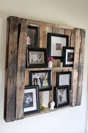 spinning l that projects pictures on the walls diy wooden pallet projects 25 fun project ideas removeandreplace com