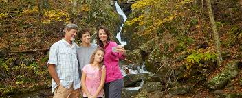 fall family getaways virginia is for