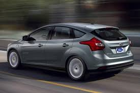 ford focus se 2014 review 2014 ford focus electric car review autotrader