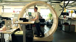 fabriquer un bureau informatique fabriquer un bureau rangement mural bureau fabriquer un bureau
