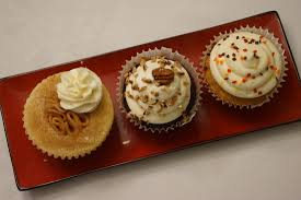 thanksgiving cup cakes chocolate bourbon pecan pie cupcakes with butter pecan buttercream
