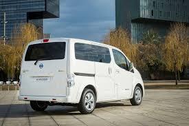 minivan nissan 2018 nissan env200 electric van gets 60 increase in driving range