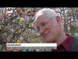 german easter egg tree german tree with 10 000 easter eggs